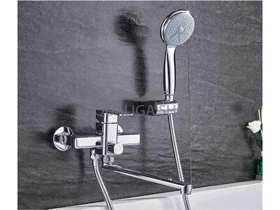 Смеситель для ванной с длинным изливом